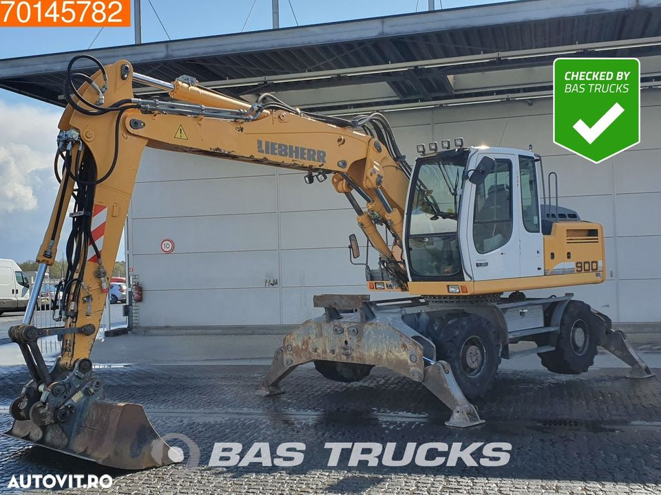 Liebherr A900C 4x OUTRIGGERS - 1