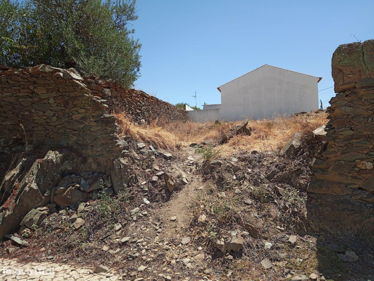 Terreno urbano para MORADIA Granja - Mourão