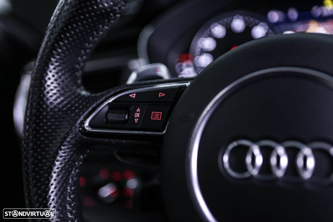 Audi RS6 A 4.0 TFSi Plus quattro Tiptronic - 30