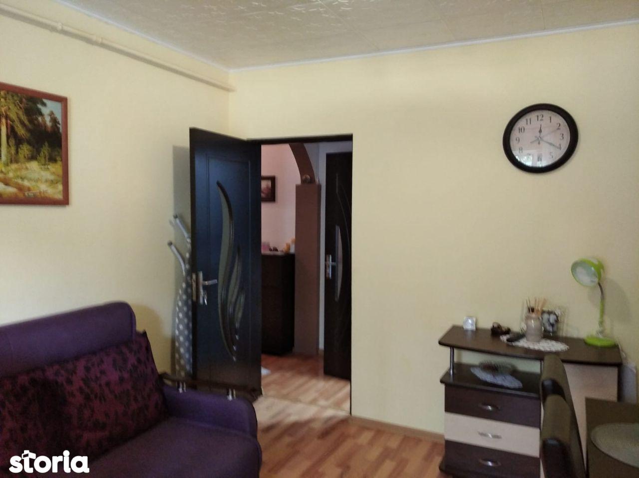 Apartament 2 Camere, Etaj Intermediar - Tractorul