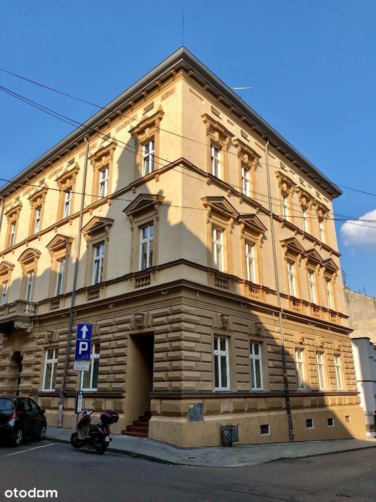 Goldhammera Stylowa piwnica w historycznym budynku