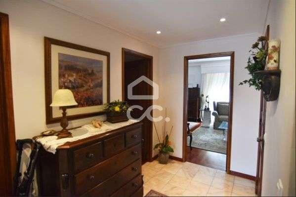 Apartamento para comprar, Ponta Delgada (São Sebastião), Ponta Delgada, Ilha de São Miguel - Foto 3