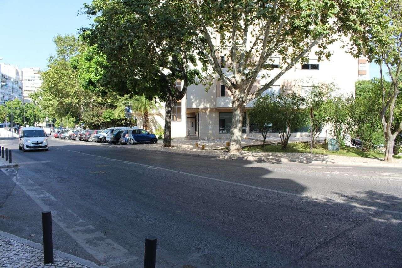 Loja para arrendar, Algés, Linda-a-Velha e Cruz Quebrada-Dafundo, Lisboa - Foto 4