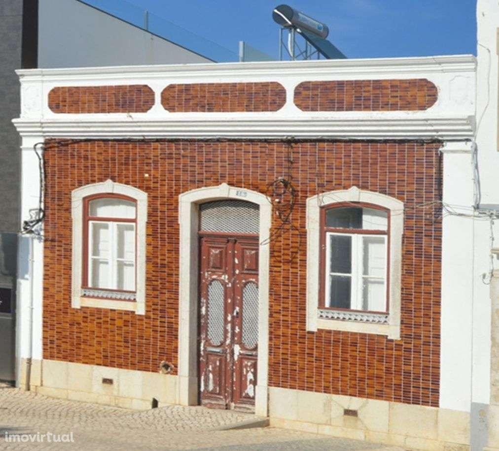 Moradia para comprar, Avenida 5 de Outubro, Faro (Sé e São Pedro) - Foto 1