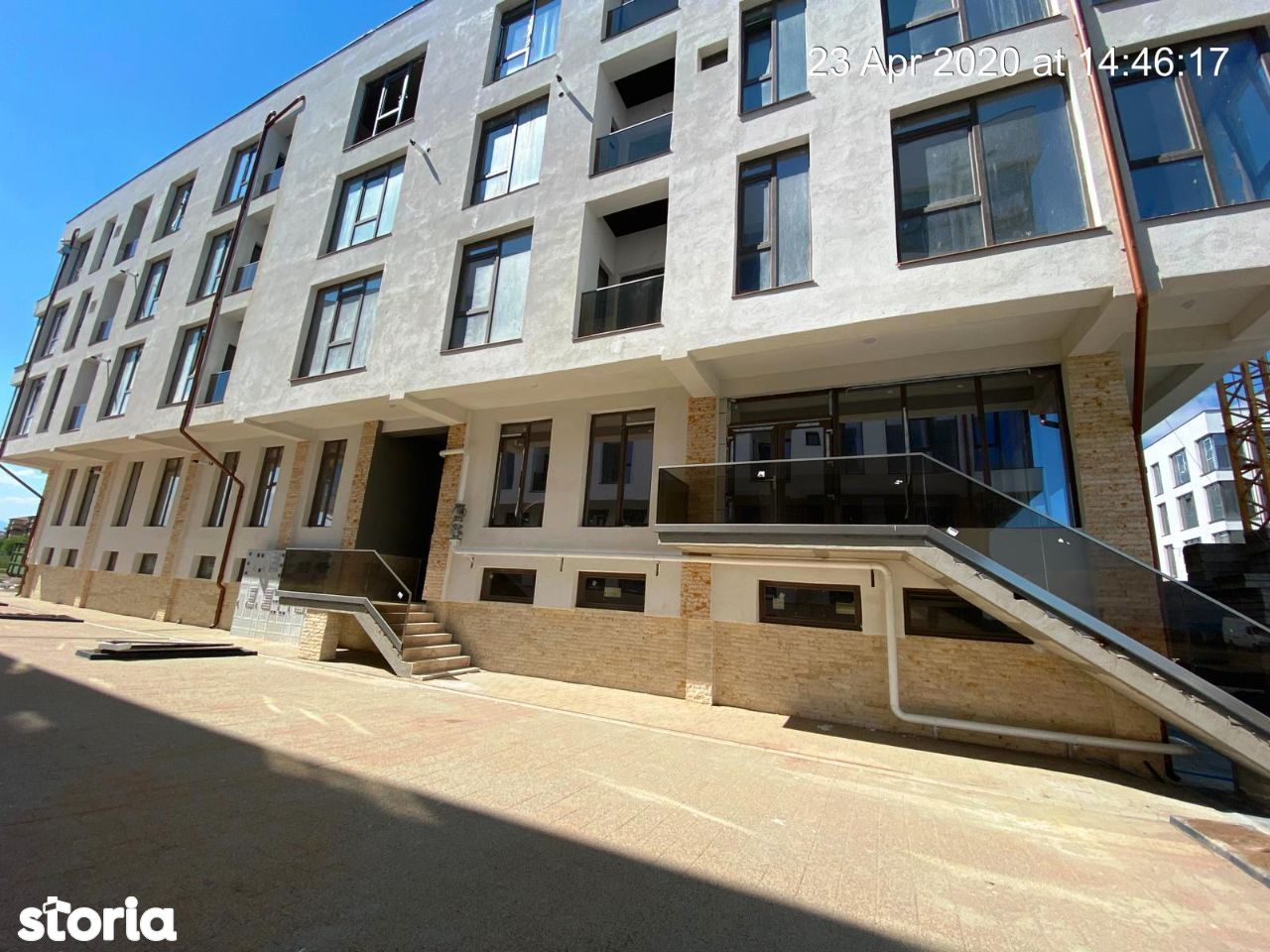 Vand apartament 3 camere 2 bai direct de la constructor Doamna Stanca