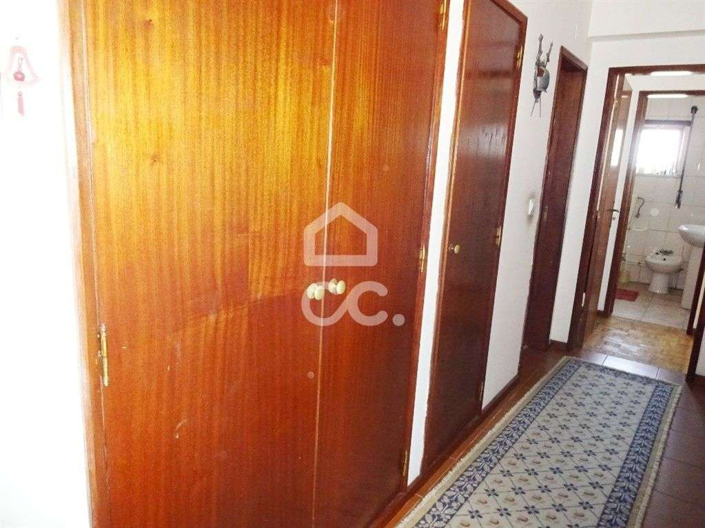 Apartamento para arrendar, Nelas - Foto 8
