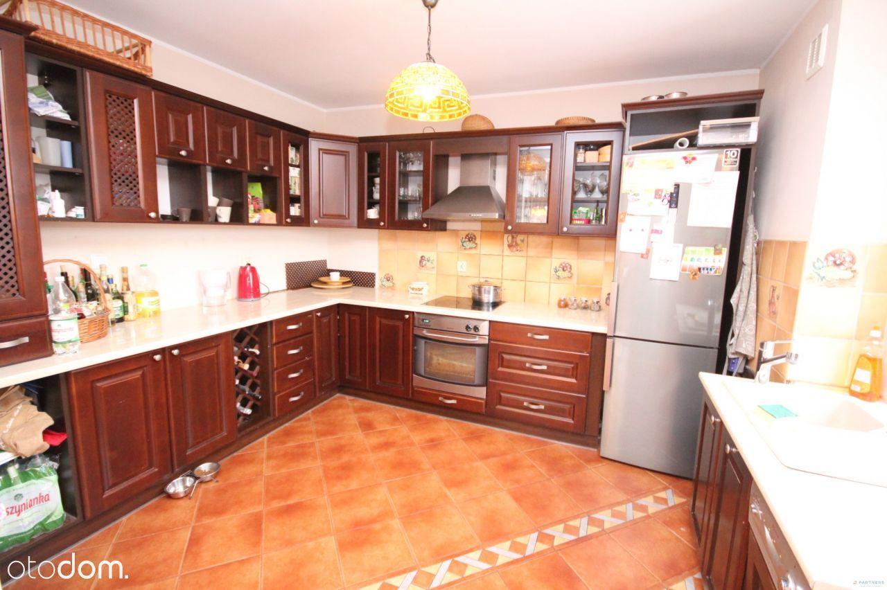 Mieszkanie, 105 m², Wałbrzych