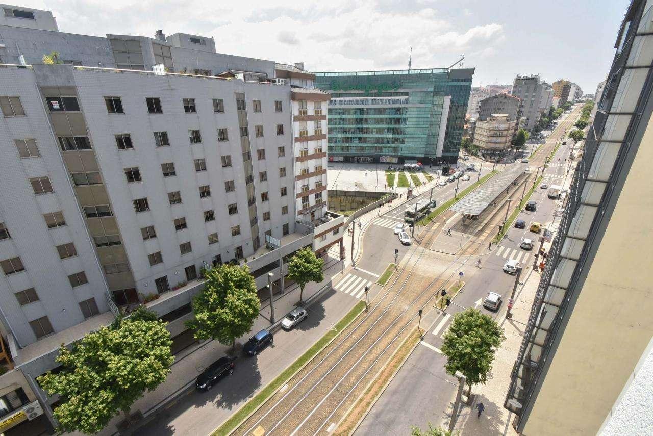 Apartamento para comprar, Mafamude e Vilar do Paraíso, Porto - Foto 44