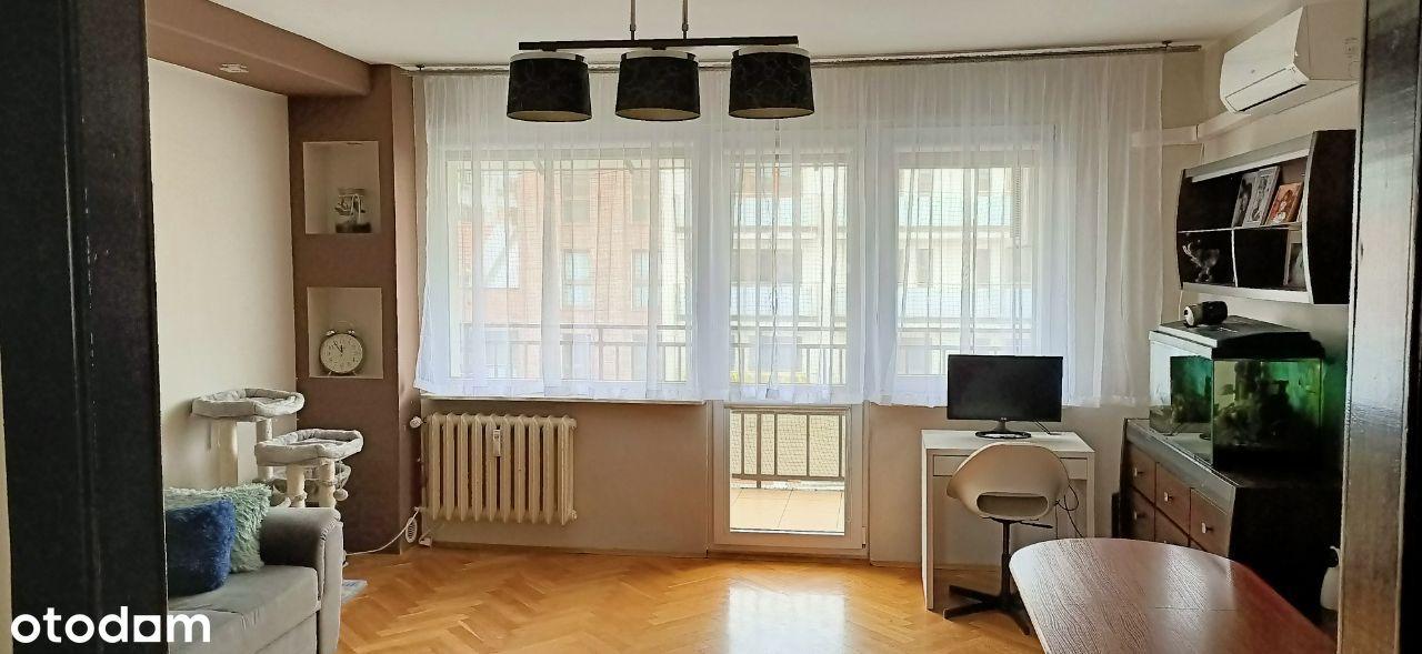 Klimatyzowane mieszkanie przy deptaku