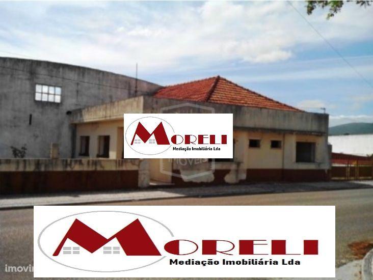 PREDIO DE BANCO-Industrial-Alcanena-9919m2**SANTARÉM**