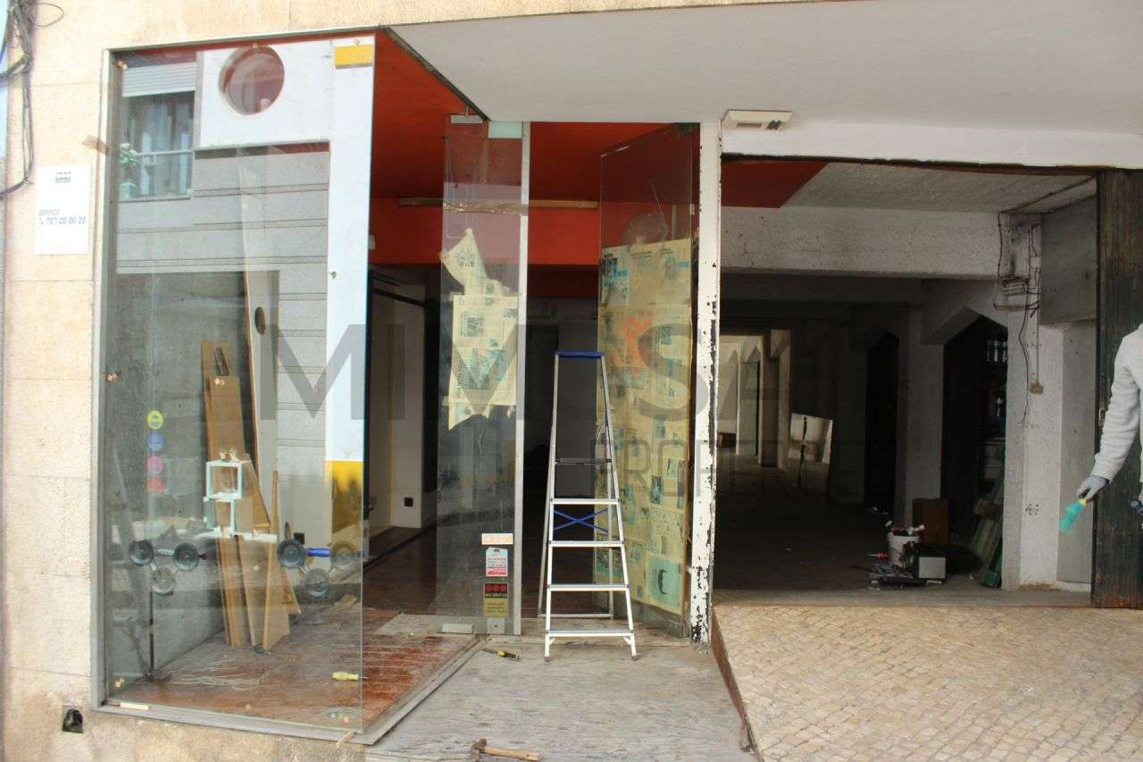 Loja para arrendar, Lagos (São Sebastião e Santa Maria), Faro - Foto 2