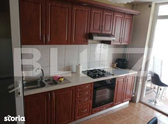 Apartament de vanzare cu 3 camere, 100 mp, in zona Ultracentrala!