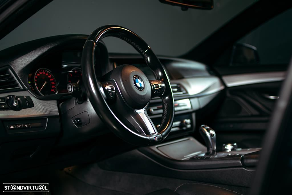 BMW 535 d Touring XDrive Pack M Auto - 17