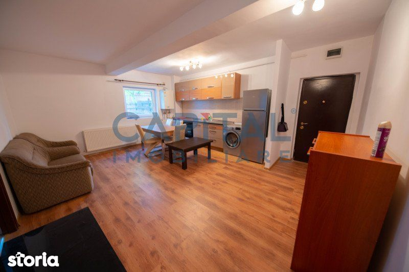 COMISION 0 !Vanzare apartament 2 camere semidecomandat, Zona VIVO!