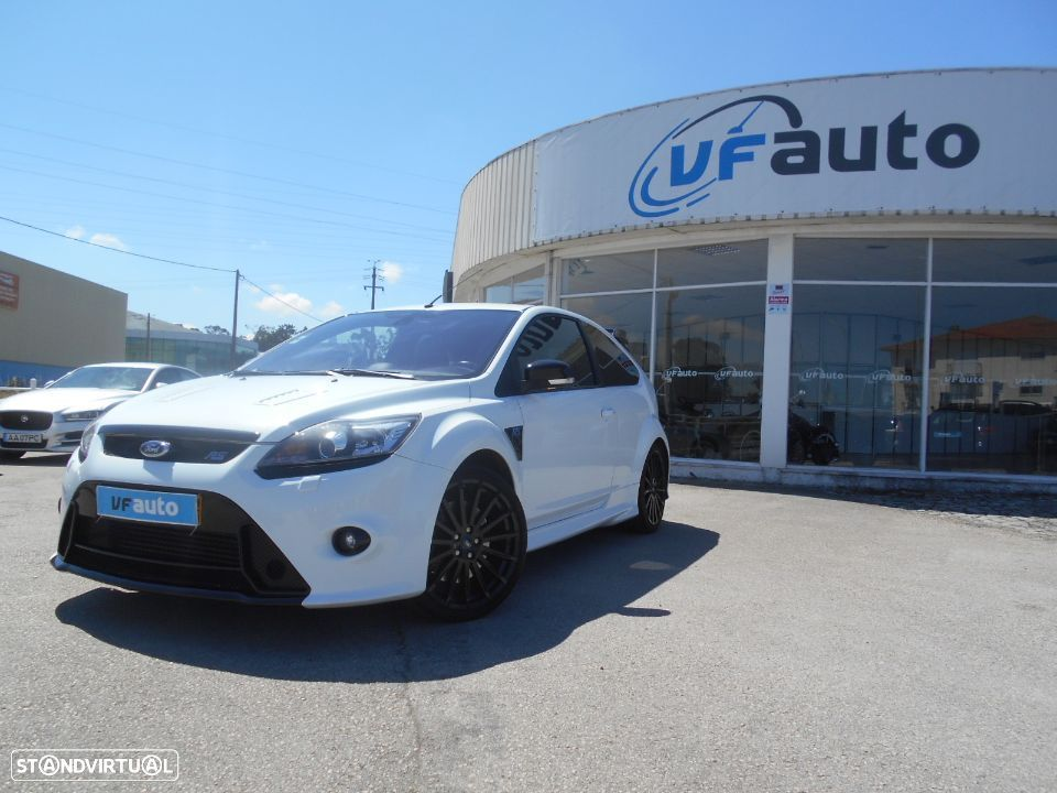 Ford Focus 2.5 T RS - 11