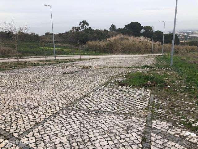 Terreno para comprar, Alenquer (Santo Estêvão e Triana), Alenquer, Lisboa - Foto 4