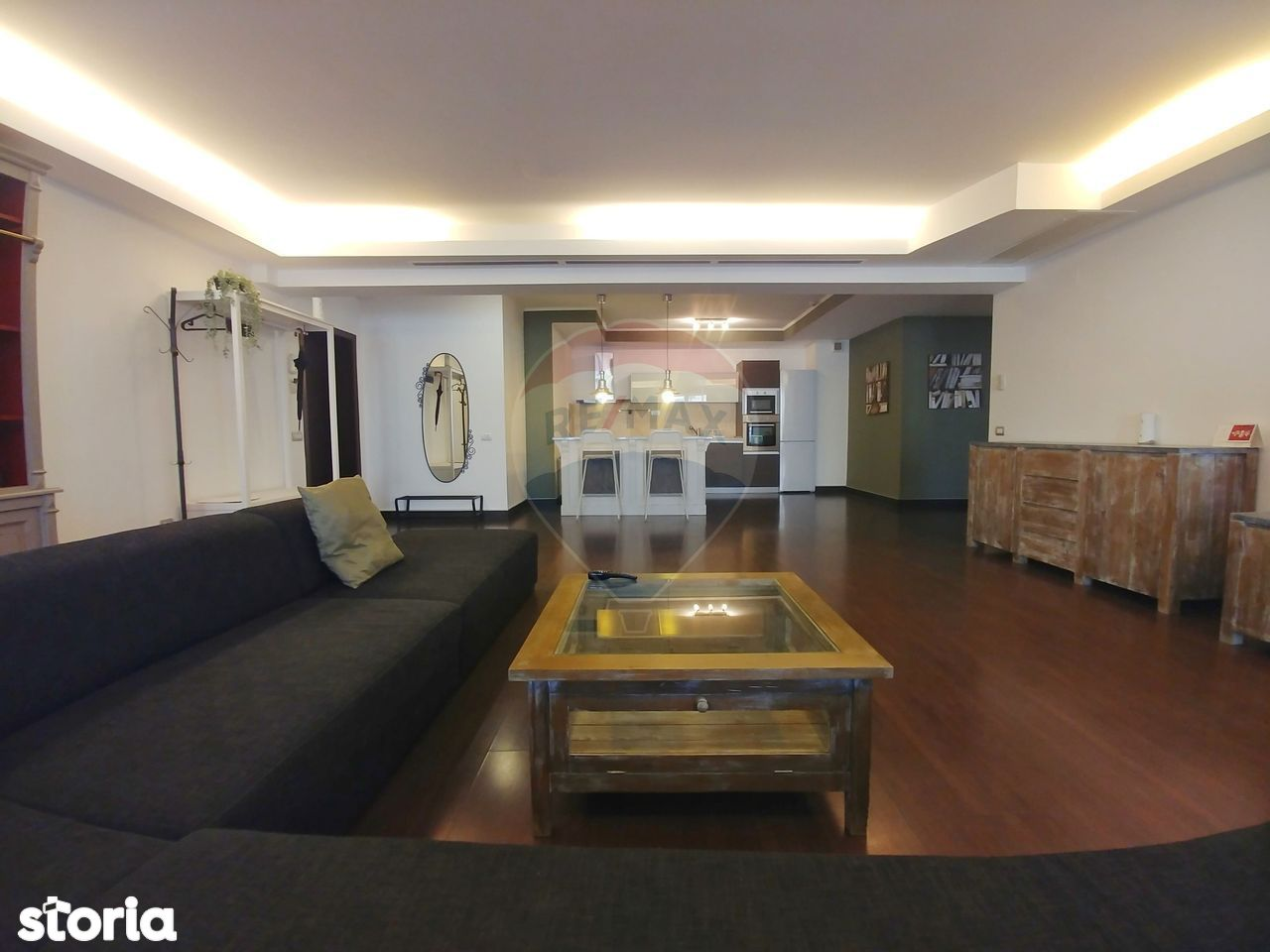 Apartament lux cu 3 camere de vanzare/de inchiriat in zona Herastrau