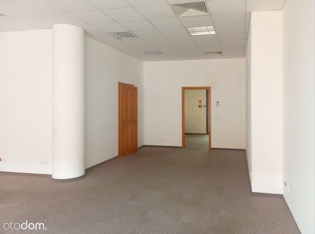 Gotowe do wejścia biuro w prestiżowym budynku