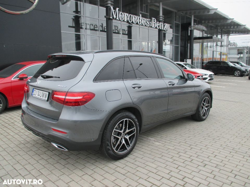 Mercedes-Benz GLC - 9