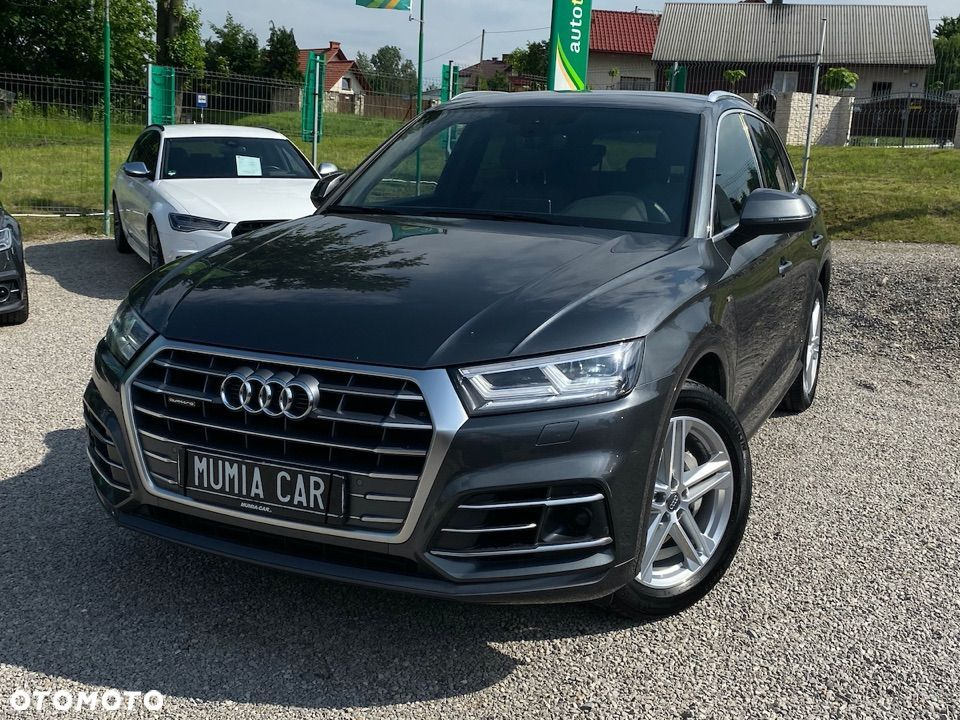Tło z samochodem 3.0 TDI 286 S Line Tiptronic MATRIX LED Virtual ACC Kamera HAK RS Fote