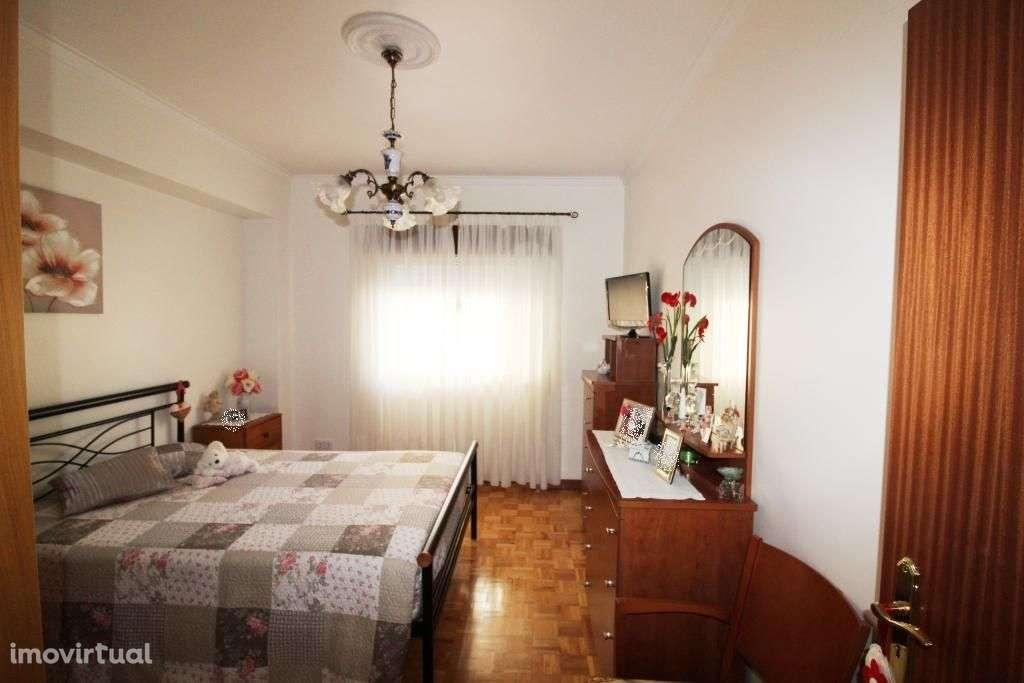 Apartamento para comprar, Rua Mouca e Comprida - Bairro Simões, Agualva e Mira-Sintra - Foto 6