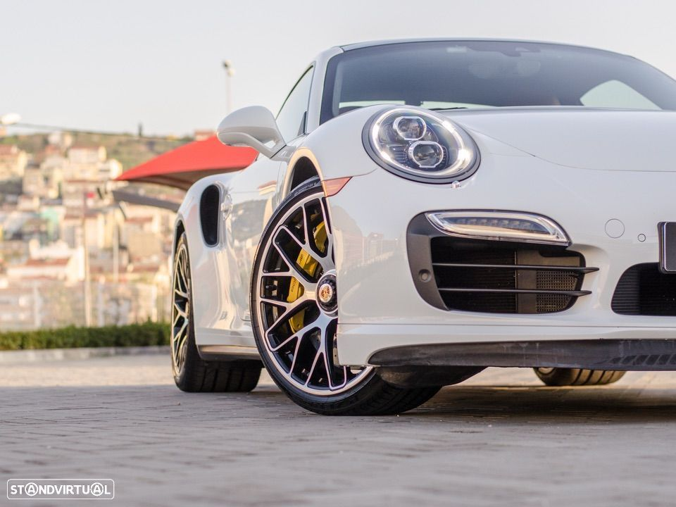 Porsche 911 Carrera Turbo S PDK - 6