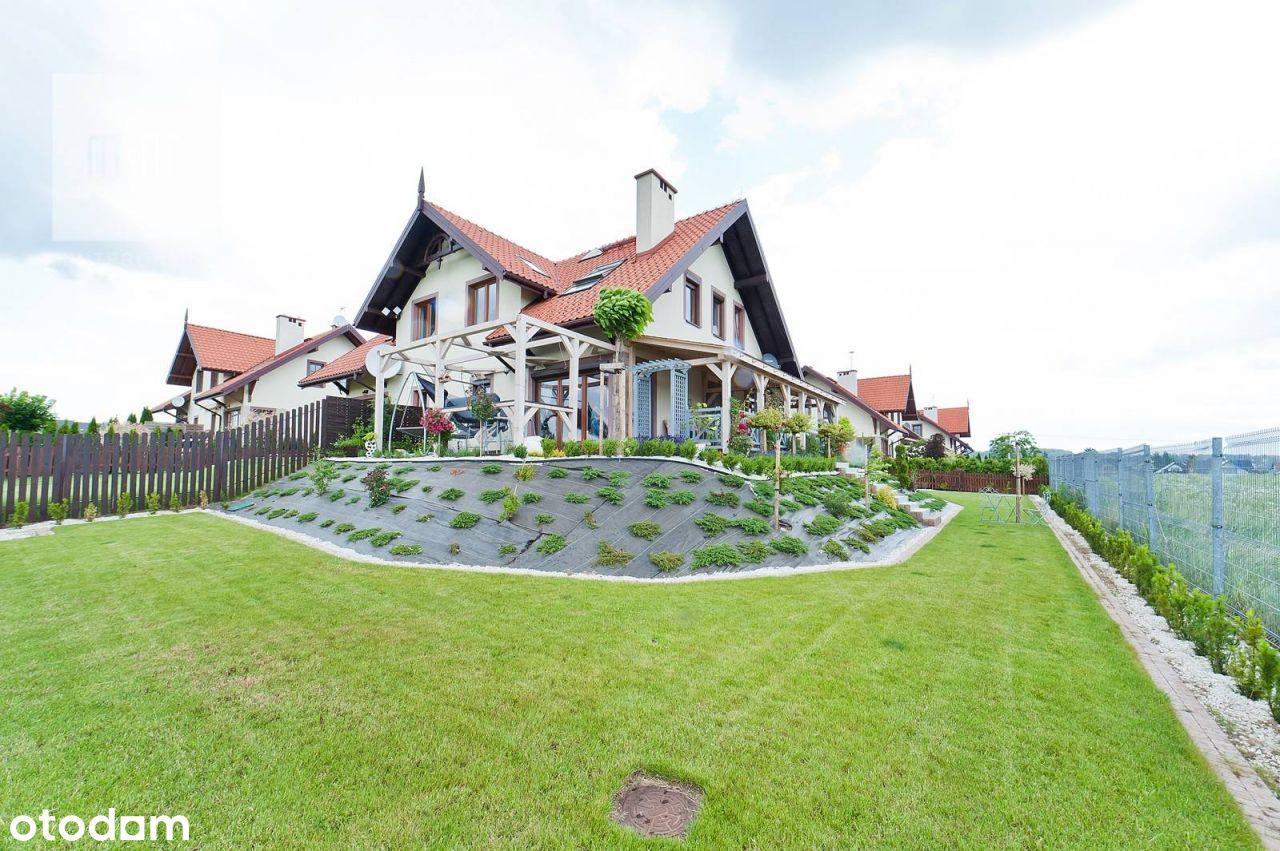 Klimatyczny dom bliźniak z trzema sypialniami w Mo