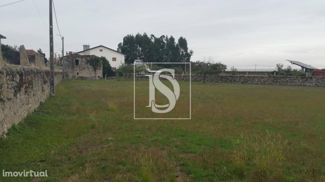 Terreno para Construção + Moradia para Restauro - Junqueira
