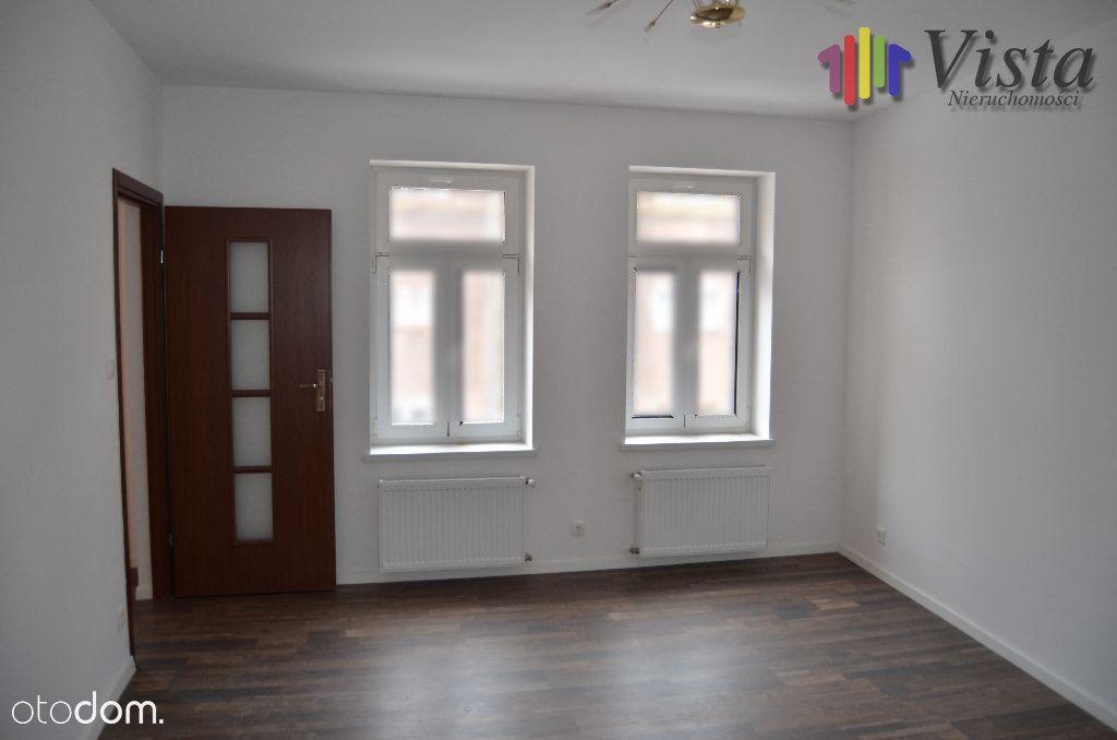 Mieszkanie, 55 m², Wałbrzych