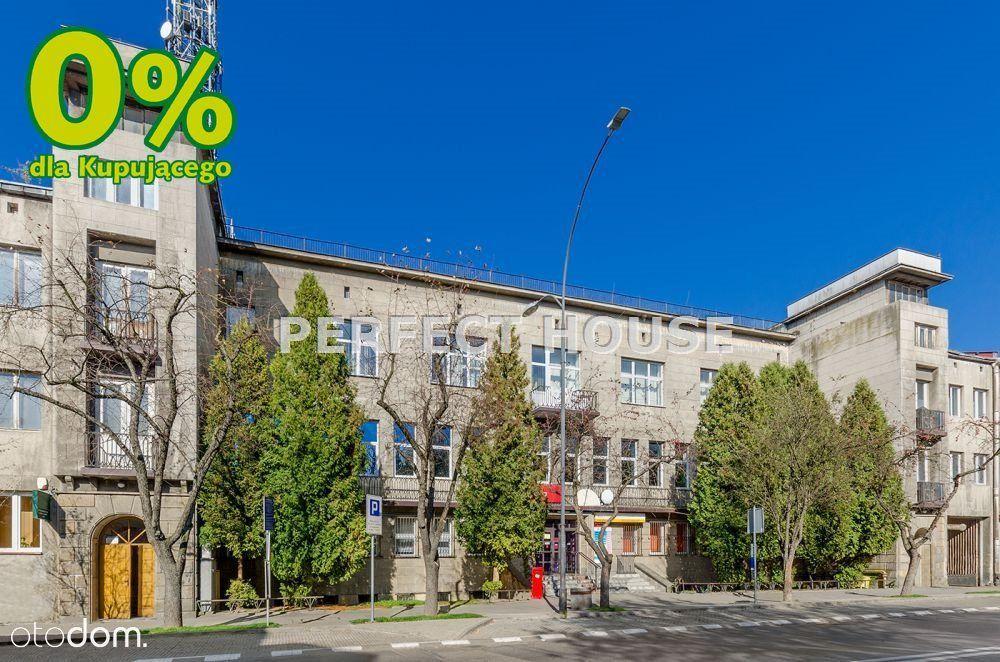 Budynek biurowy z magazynem w centrum Jasła