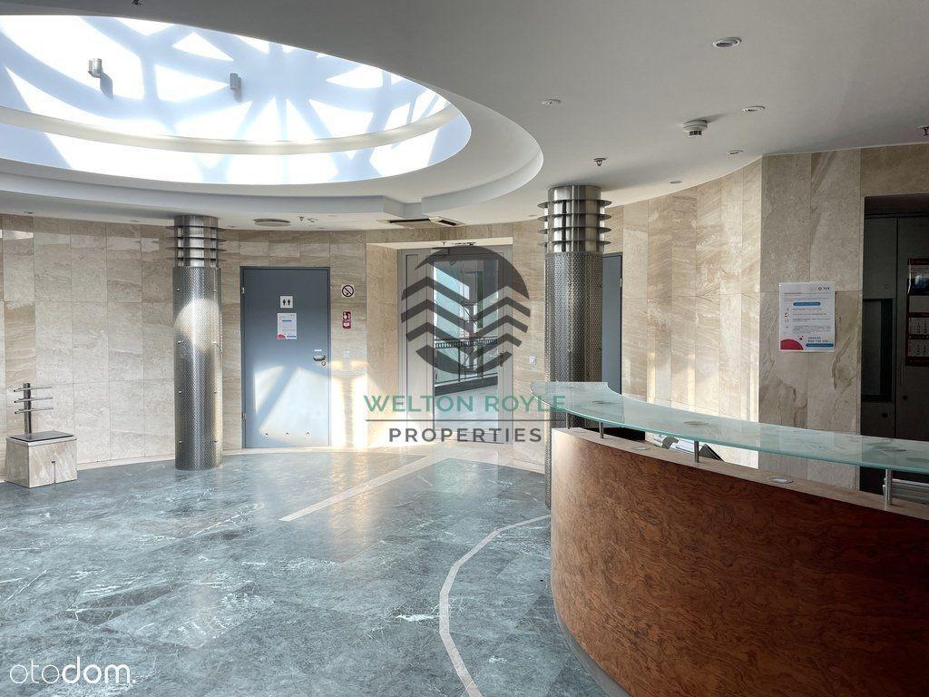Biuro podzielone na gabinety, atrakcyjna cena
