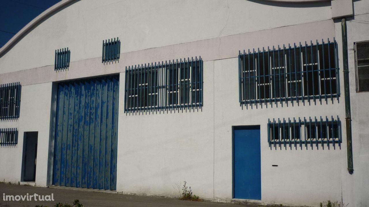 Armazém Industrial - Maia