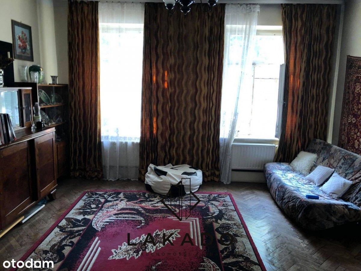 3 pokoje w Borku Fałęckim