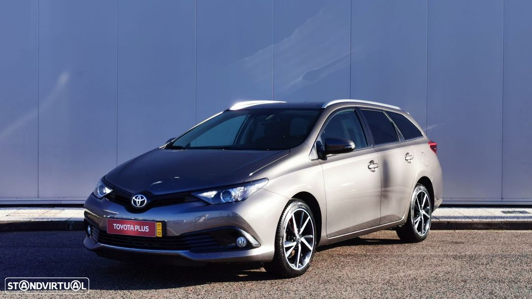 Toyota Auris Touring Sports - 1