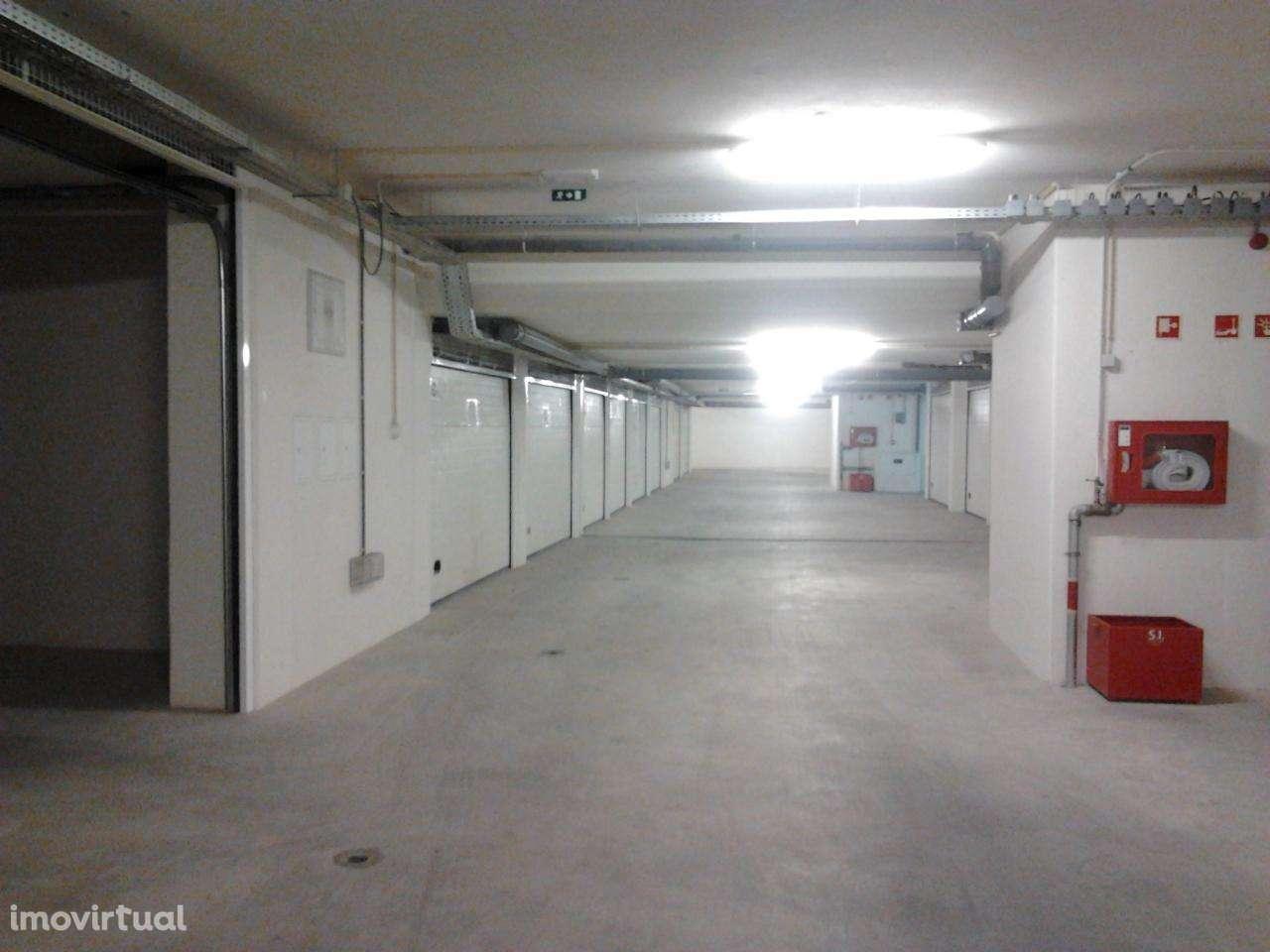 Garagem para comprar, Santo António dos Olivais, Coimbra - Foto 1
