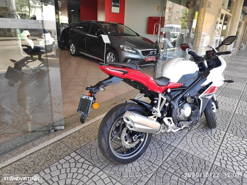 Benelli BN  302R ABS - 9