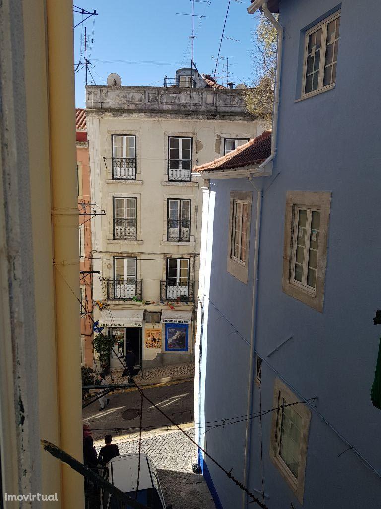 Apartamento T2 Largo de São Domingos