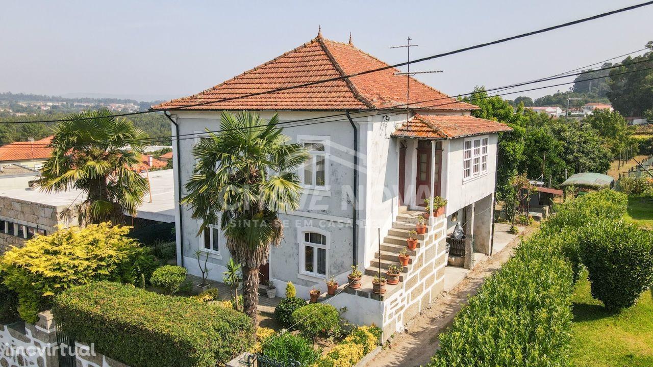 Quintinha - em Burgães (Sto. Tirso) - 1.800 m2 terreno