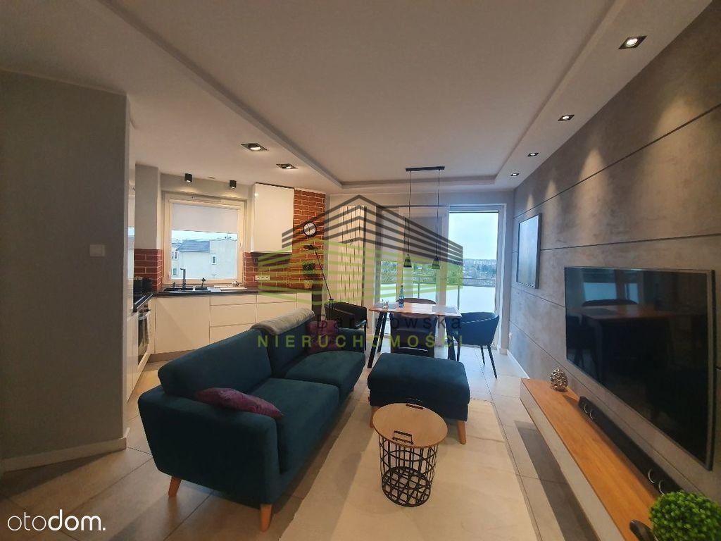 2 pokoje w wysokim standardzie z garażem Manhhatan