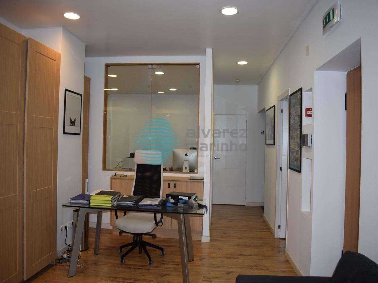 Escritório para arrendar, Torres Vedras (São Pedro, Santiago, Santa Maria do Castelo e São Miguel) e Matacães, Lisboa - Foto 3