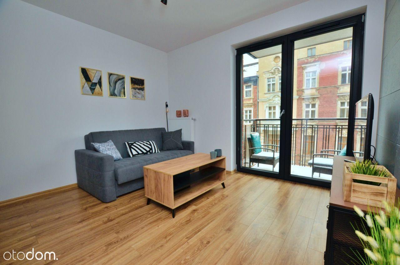 Polaka 14, 2 pok. apartament, wyposażony, balkon