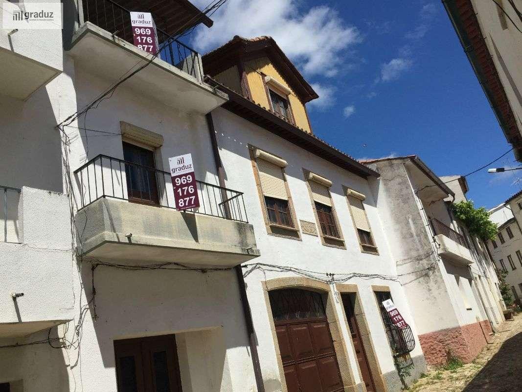 Prédio para comprar, Almaceda, Castelo Branco - Foto 1