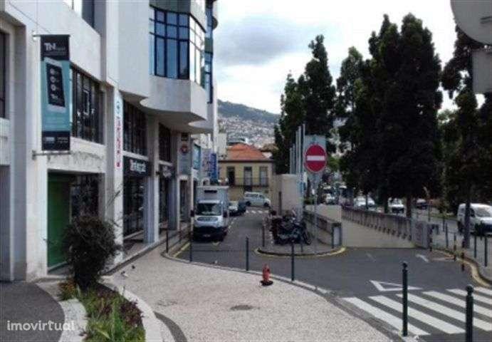 Garagem para comprar, Sé, Funchal, Ilha da Madeira - Foto 1