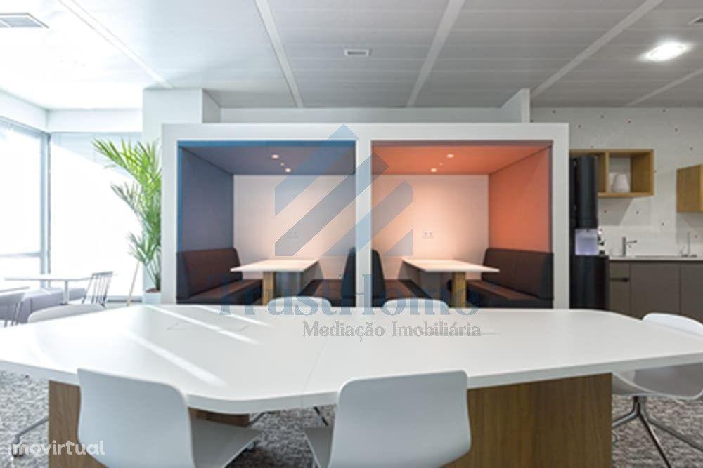 Espaço para escritórios localizado no Lagoas Park