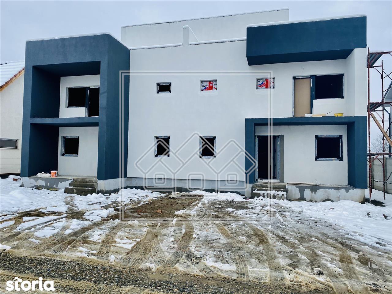 Casa tip dublex, 180 utili si curte libera 197 situata in Selimbar