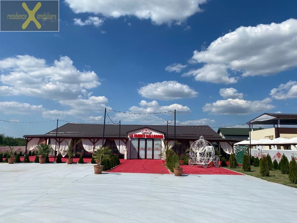 Afacere la cheie !!Sala de evenimente, restaurant, terase si piscina !