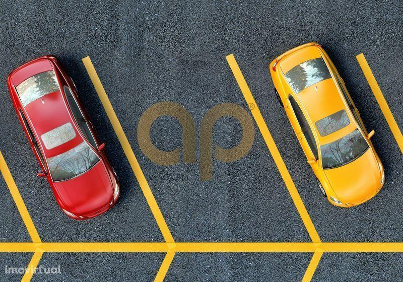 Garagem para 5 carros + terraço