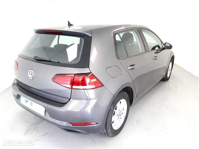 VW Golf 1.0 TSI Trendline Pack - 4