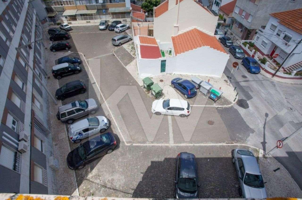 Prédio para comprar, Santa Iria de Azoia, São João da Talha e Bobadela, Lisboa - Foto 15