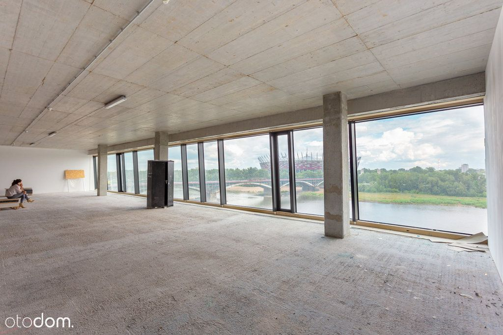 Biuro z widokiem na Wisłę w wyjątkowym budynku